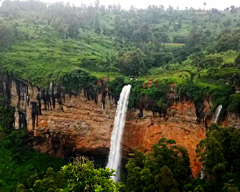 1 Day Sipi Falls Tour with a hike to the 3 waterfalls and sight seeing of the Karamoja plains and Mountain Elgon
